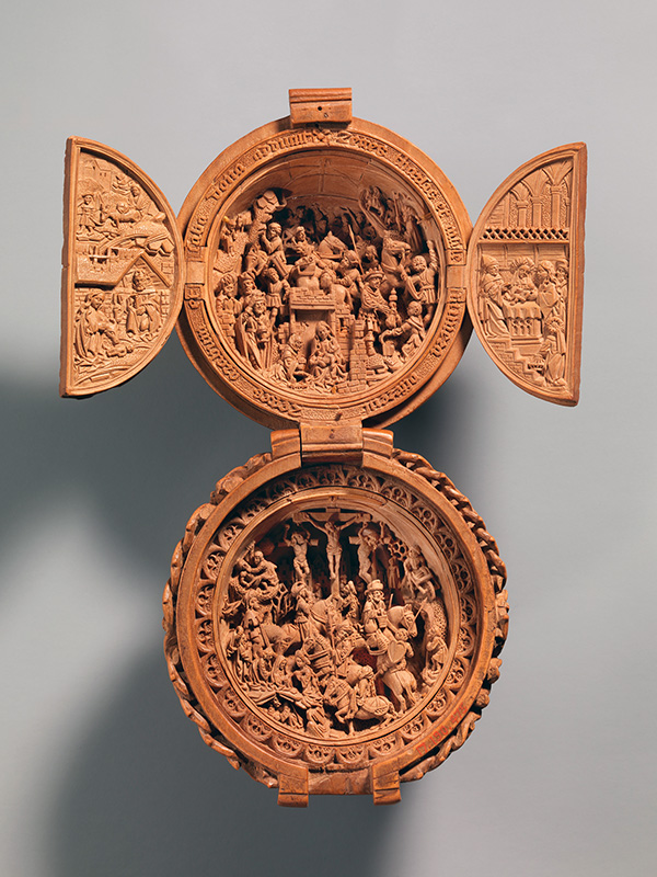 Netherlandish Prayer Bead with the Adoration of the Magi and the Crucifixion, early 16th century, boxwood. Photo courtesy of The Metropolitan Museum of Art, New York