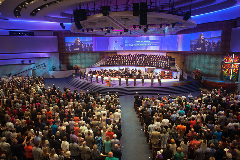 Services at First Baptist Dallas feature large choirs and high-tech displays. Photo courtesy of First Baptist Dallas