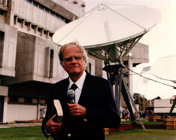 San Juan, Puerto Rico – Billy Graham launched Global Mission, the largest evangelistic outreach in the history of the Christian church. RNS photo by Russ Busby / RNS file photo