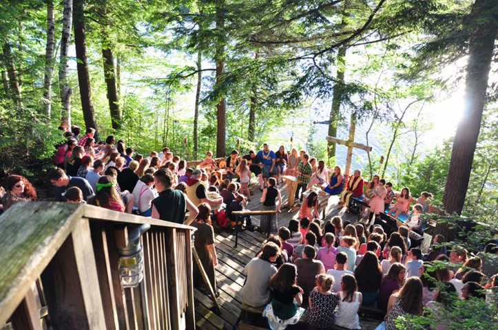 Campers attend a sunset vespers service during a family camp at Pilgrim Lodge in Maine. Photo by Lydia Hoffman/Pilgrim Lodge