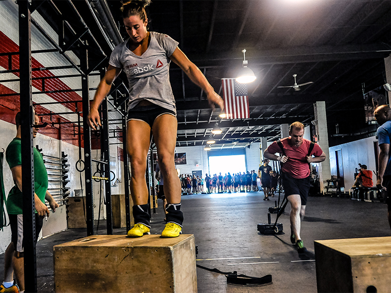 A CrossFit class in a gym in September 2014. Photo courtesy of Rose Physical Therapy Group/Creative Commons