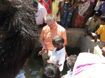 A handicapped man in India who walked five miles to be baptized is among the increased number of senior adults some evangelists have seen profess faith in Christ. (Photo courtesy of Kay Cox)