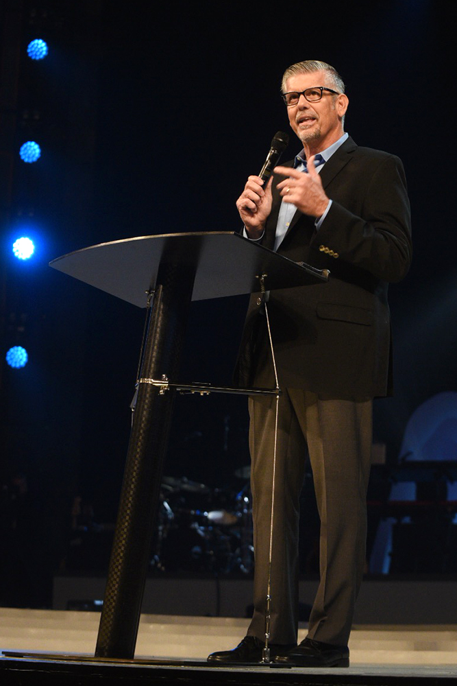 Willow Creek Association President Tom De Vries speaks before the Global Leadership Summit Aug. 9, 2018, on the main campus of Willow Creek Community Church in South Barrington, Ill. Photo courtesy of Global Leadership Summit