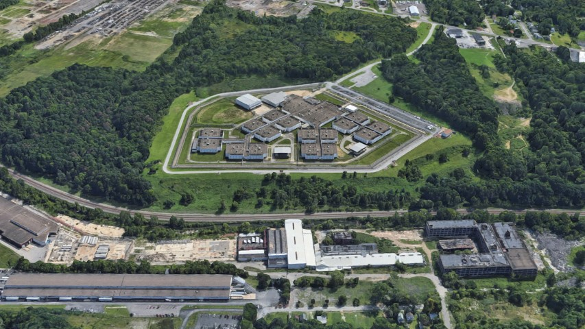 The Northeast Ohio Correctional Center in Youngstown can hold over 2,000 prisoners. Image courtesy of Google Maps