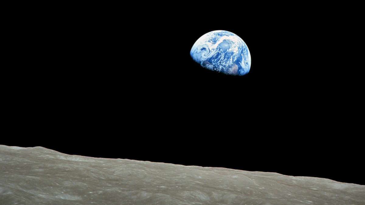 thumbRNS Earthrise 1968