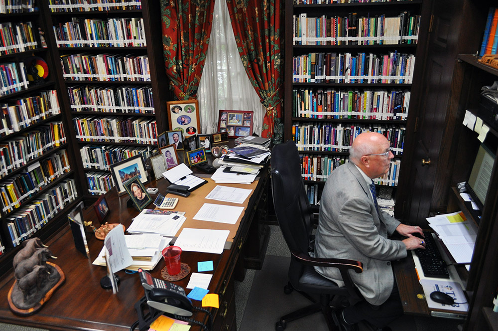 Bob Terry, the longtime editor of The Alabama Baptist, works from his office in Birmingham, Ala. Photo courtesy of The Alabama Baptist