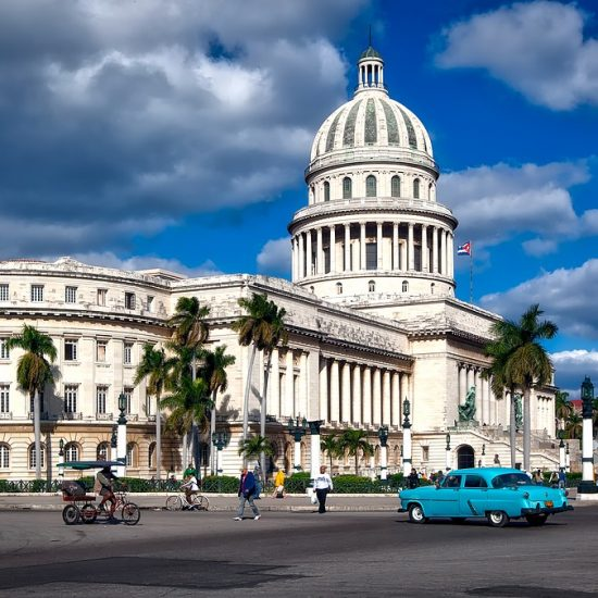 Capitol building in Havana (Image by 12019 on Pixabay)