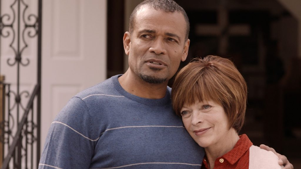 Pastor Baker (Mario Van Peebles) and Louise (Frances Fisher)