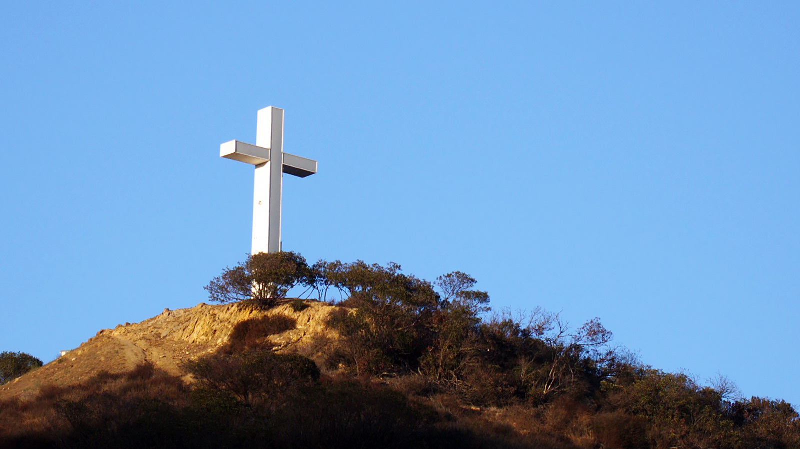 Hollywood Cross
