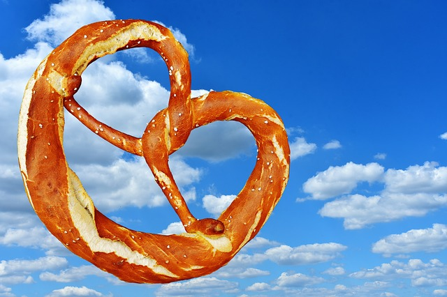 pretzel Image by Alexas_Fotos on Pixabay
