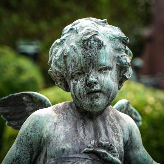 headstone figure