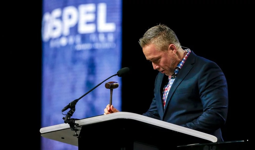 J.D. Greear brings the SBC annual meeting to order