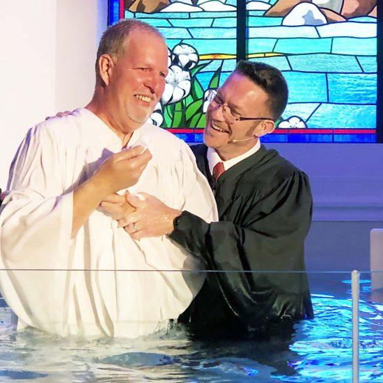 Jeff Reynolds baptizes