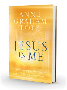 """Jesus in Me: Experiencing the Holy Spirit as a Constant Companion"""