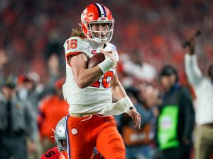 Tabernacle Members Cheer Success, Character of Clemson QB ...