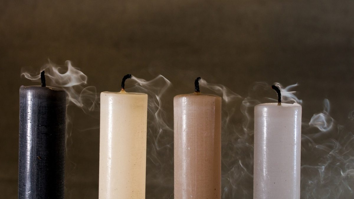 candles with smoke