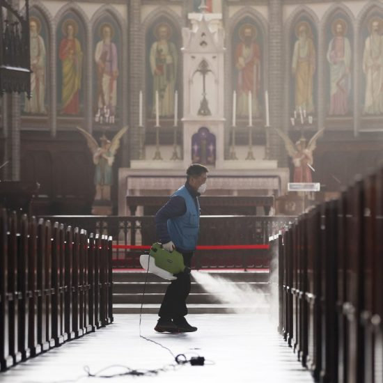worker sprays church in S Korea
