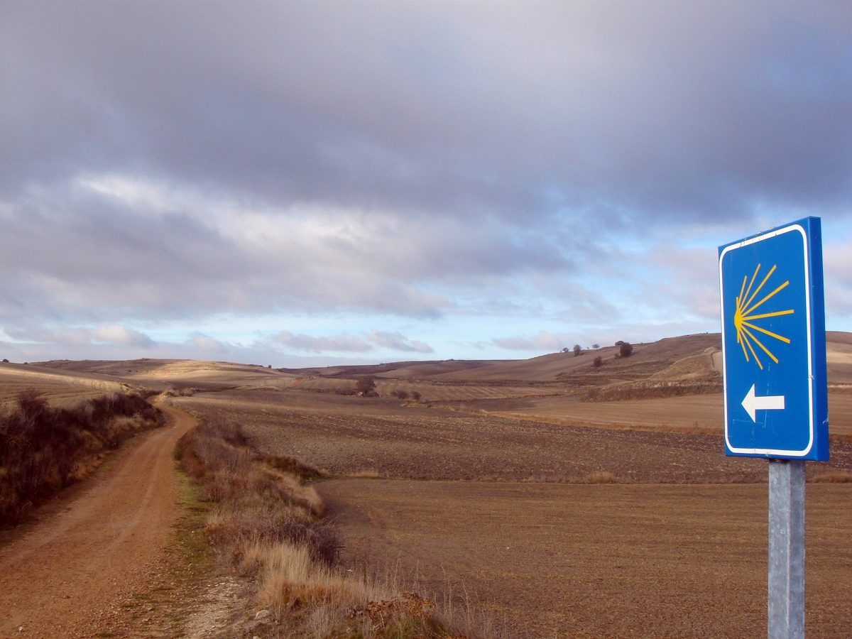 sign along the Camino de Santiago